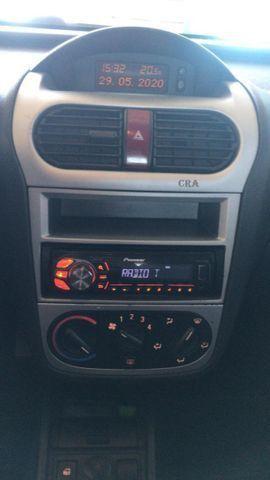 GM Corsa premium 1.4 completo menos ar condicionado - Foto 13