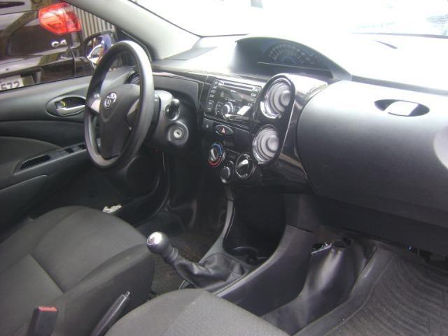 Toyota Etios 1.3 x 2014/2014 3519-1102 Simone - Foto 14