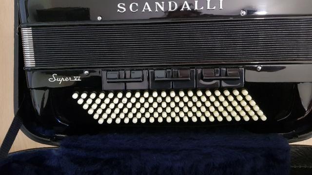 Gaita acordeon Scandalli S6 120 baixos italiana - Foto 4