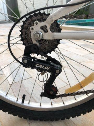 Bicicleta aro 24 esportiva Caloi 21 marchas  - Foto 5