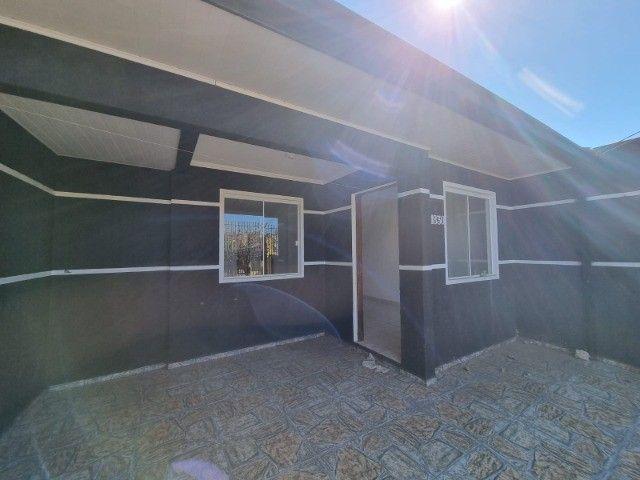 Residência na vila Cristina , 2 quartos ,garagem, gradil de 145 mil por 120 mil - Foto 2
