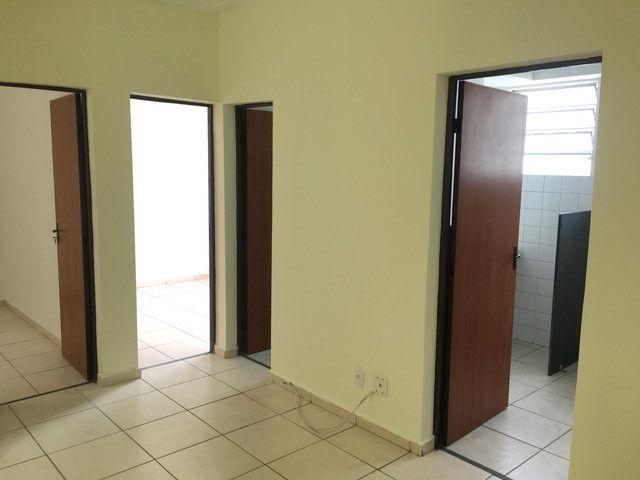 Ótimo apartamento 02 quartos - Foto 2