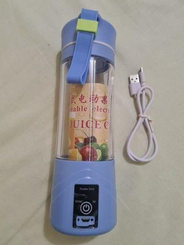 Mini Liquidificador Juice Cup Portátil Shake Cabo Usb - Foto 3