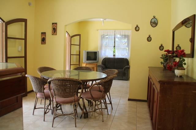 Aluguel Temporada casa Itapoá SC* p/ 30 pessoas. piscina 9 quartos, 6 banheiros, cozinhas  - Foto 8