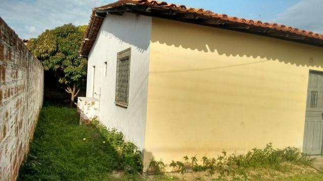 Casa no parque brasil I, anistiada, com 2 quartos, sala, cozinha, banheiro e murada