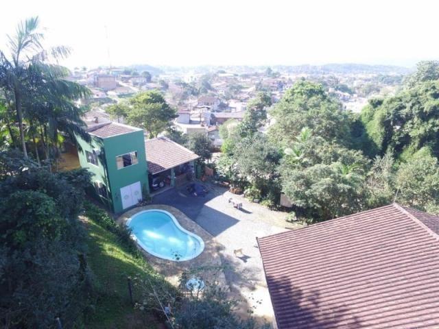 Linda casa no petrópolis | com terreno de 2.517 m² | área de lazer completa