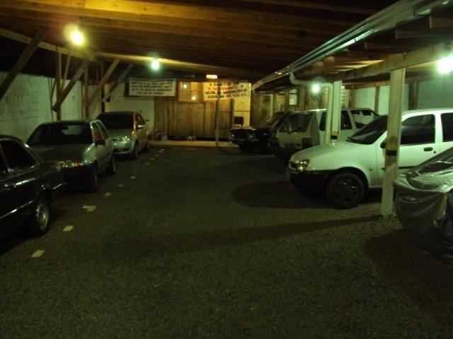 Estacionamento c/ casa de moradia - Foto 6