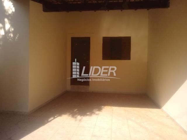 Casa para alugar com 3 dormitórios em Planalto, Uberlândia cod:863301 - Foto 3