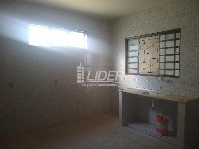 Casa para alugar com 3 dormitórios em Planalto, Uberlândia cod:863301 - Foto 15