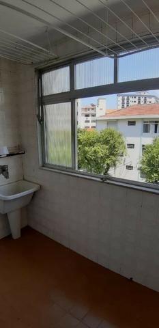 Aparecida - 2 dormitórios, sala 2 ambientes, área de serviço e garagem - Foto 14