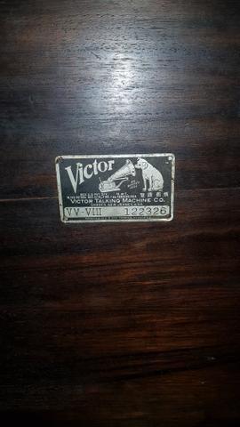 Vitrola Grafonola RCA Victor à Manivela - Foto 6