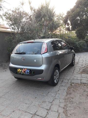 Fiat Punto Attractive 1.4 8V 2015 IMPECÁVEL!