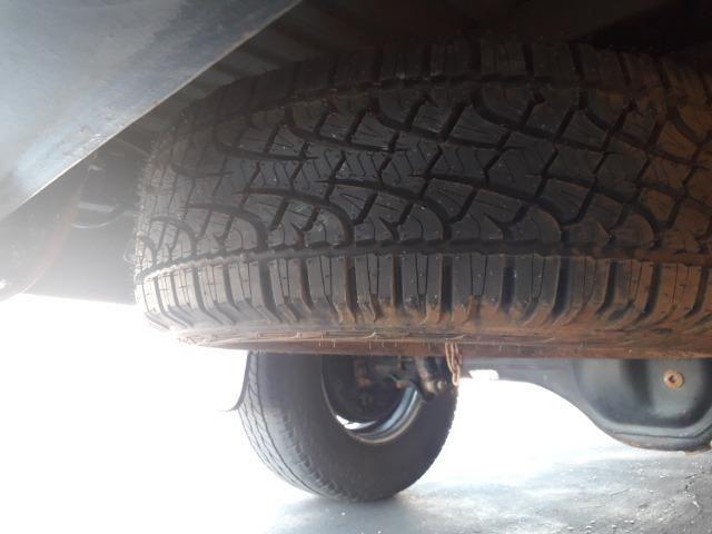 S10 2012/13 2.8 diesel branca 4x2 cab. simples
