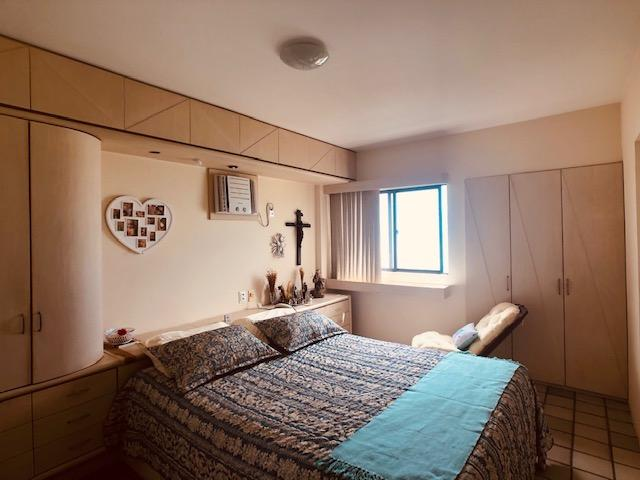 Apartamento Beira-mar 4 quartos, 2 suítes e 3 vagas, super conservado - Foto 6