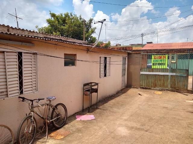 Casa Escriturada na QR 619 c/3 Qts + Barraco - Foto 2