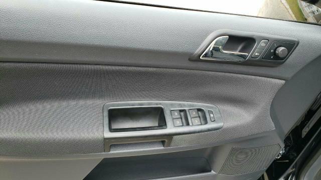VW Polo sedan 1.6 - Foto 5