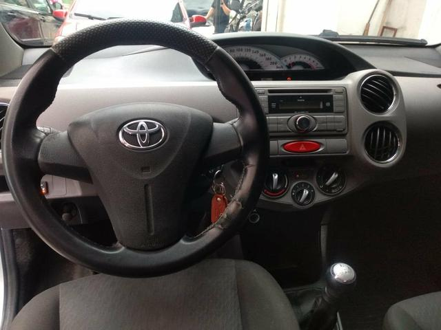 Toyota étios 27900 entrada 8mil parcelas de 469 entrada de 5mil parcelas de 698 - Foto 6