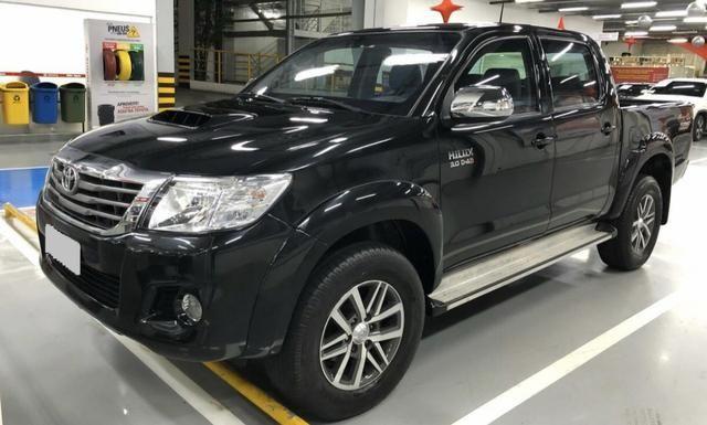 Toyota Hilux 3.0 srv 2012/ novíssima