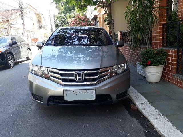 Honda city 12/13 cinza metálico