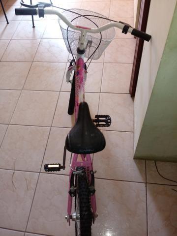 Vendo bicicleta infantil - Foto 2