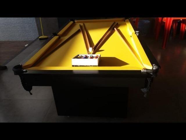 Mesa de Sinuca 2 Pés Centrais Cor Preta Tx Tecido Amarelo Modelo ECT5823 - Foto 5