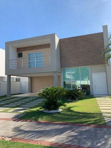 Casa duplex no Residencial Alphaville com 4 quartos sendo 2 suítes
