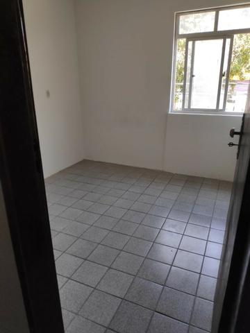Aluga-se apartamento na boa vista - Foto 2
