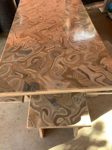 Mesa feita de pedra