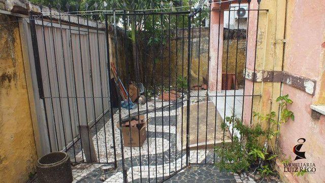 CA1142- Aluga Casa no Centro com 4 quartos, 1 vaga, próx. Colégio Militar - Foto 2
