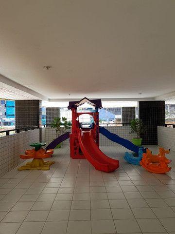Vende-se apartamento na Ponta Verde perto da praia - Foto 3