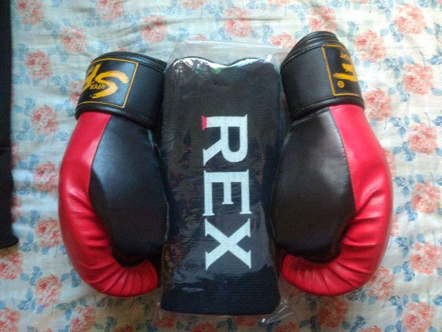 Vendo luvas de Muay Thay e caneleiras Rex - Foto 3