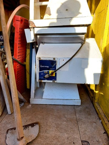Masseira e  freezer  vertical  - Foto 5
