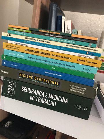Vendo livros (Perfeito estado) - Foto 2