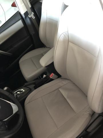 Toyota/Corolla 2.0 xei ano 2016 automático com 45 km - Foto 12
