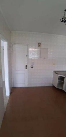 Aparecida - 2 dormitórios, sala 2 ambientes, área de serviço e garagem - Foto 8