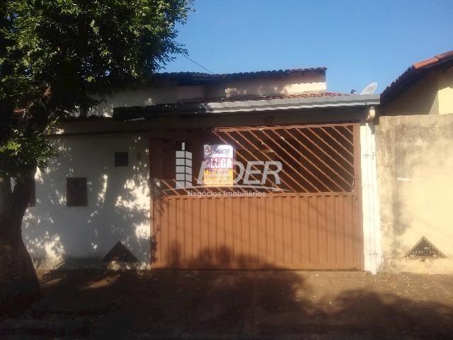 Casa para alugar com 3 dormitórios em Planalto, Uberlândia cod:863301