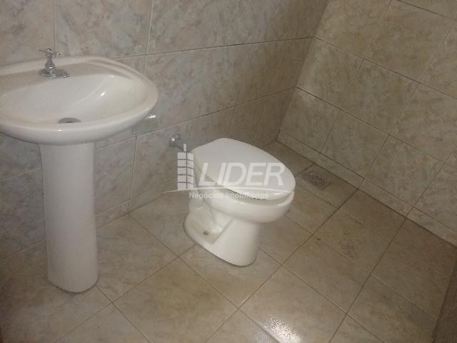 Casa para alugar com 3 dormitórios em Planalto, Uberlândia cod:863301 - Foto 14