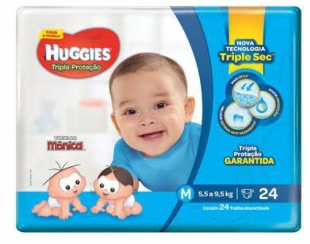 Fralda Huggies azul