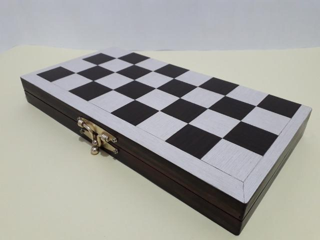 Tabuleiro de xadrez em madeira - Foto 3