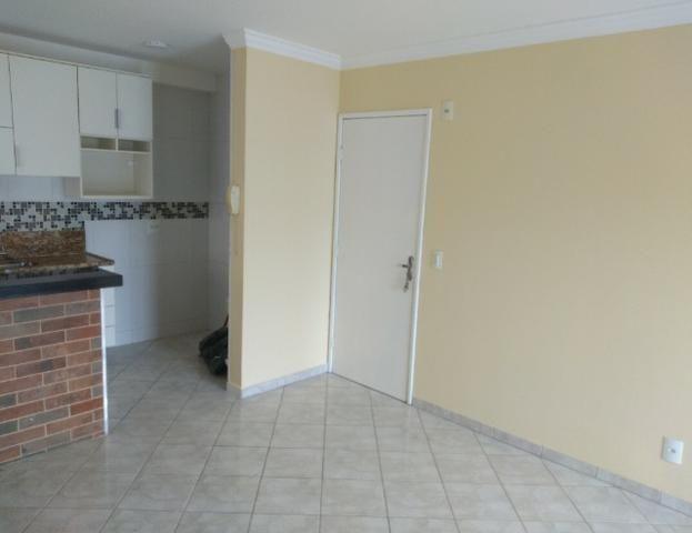 Apartamento 2 quartos em Colina de Laranjeiras com armários Embutidos. - Foto 2