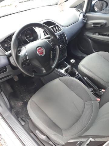 Fiat Punto Attractive 1.4 8V 2015 IMPECÁVEL! - Foto 15