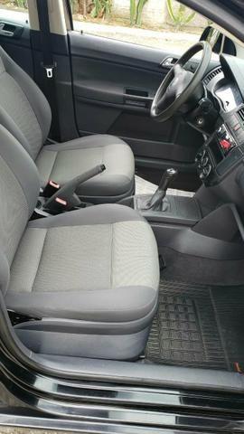 VW Polo sedan 1.6 - Foto 4
