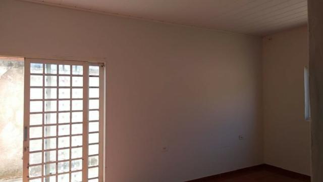 Lindo imóvel residencial amplo com 3 dormitórios ,suíte e sala ampla - Foto 5