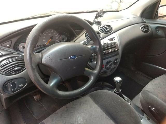 Ford Focus Hatch 1.6 8v - Foto 6