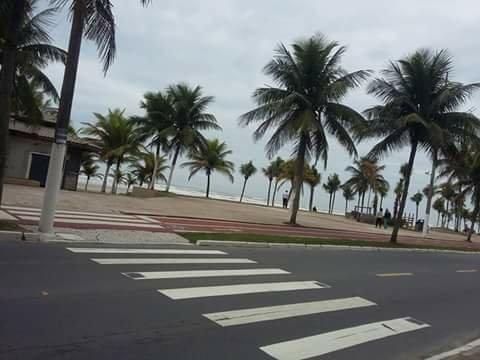 Praia grande Feriado disponível 15/16/17 valor 400,00 - Foto 8