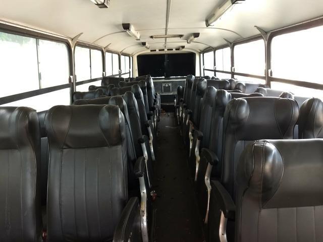 Vende-se 38 potronas de ônibus tratar