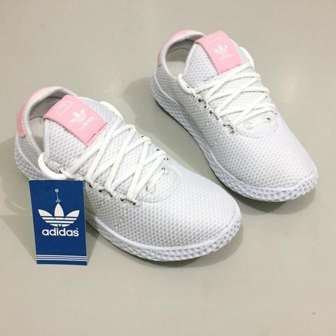 Tênis Feminino Adidas Hu - Roupas e calçados - Maraponga 368aba429a753
