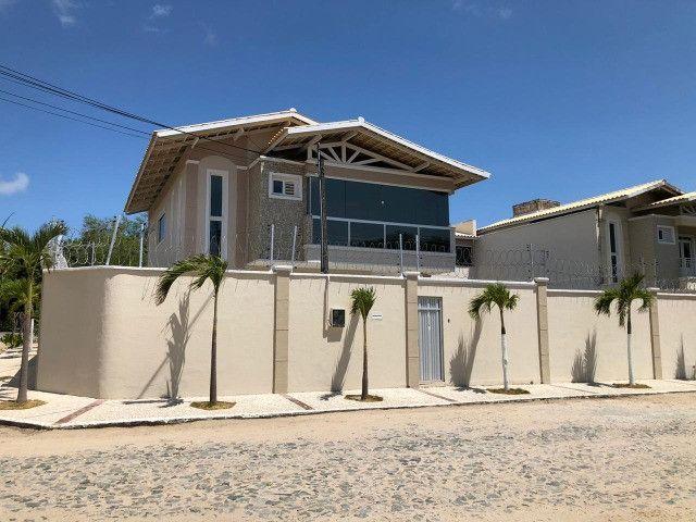 CD 017, Sapiranga, Casa duplex com 05 quartos, 03 vagas, 250 m2, piscina