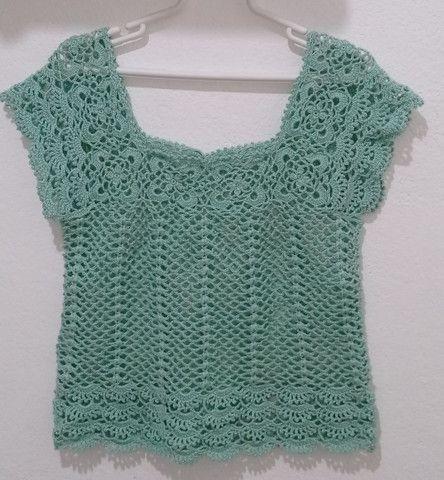 Blusa tecida em crochê - Foto 2