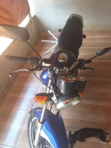 Moto Suzuki ies - Foto 2